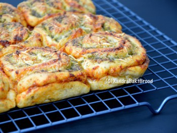 Recept pizzabroodjes Xandra Bakt Brood.nl